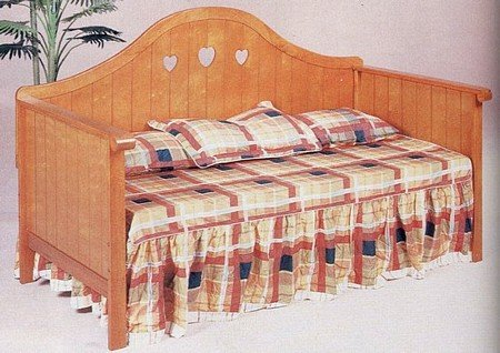 Country Hearts Accented Wood Oak Finish Daybed/Day Bed ()