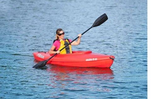 Sun Dolphin RED Aruba 8 SS Sit-in Lightweight Kayak w Storage