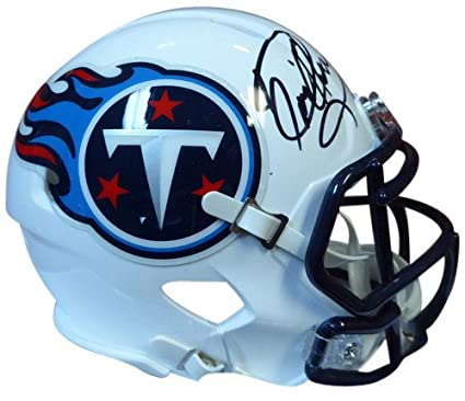 Derrick Henry Signed Tennessee Titans Speed Replica Mini Helmet - PSA DNA  Authentication - Autographed c00dbec3f