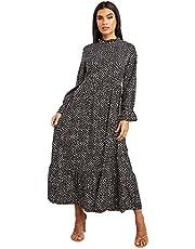 فستان نسائي ماكسي بقبة مرتفعة واكمام طويلة وطباعة بنمط عشوائي