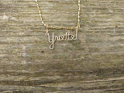 Hand Scripted 14K Gold Filled Personalized Name Necklace Yvette - Lila Gold Necklace