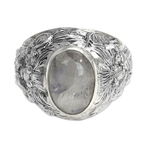 NOVICA Rainbow Moonstone .925 Sterling Silver Men's Ring 'Lion Charisma' ()