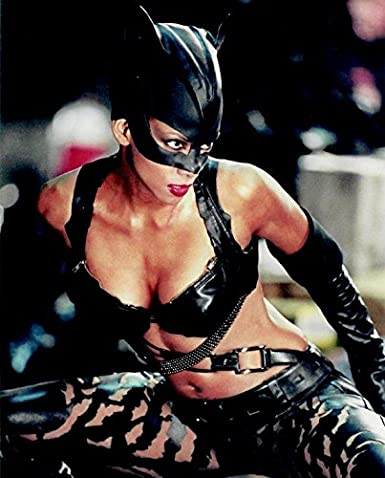 Amazoncom Halle Berry As Catwoman Looking Fierce And Feminine And