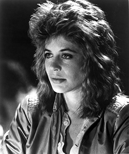 Linda Hamilton Portrait in Classic wearing Leather Jacket Photo Print (8 x ()