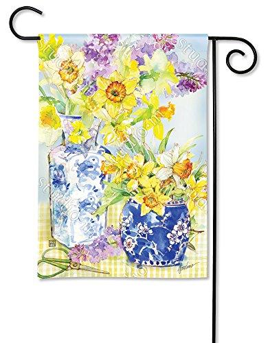 (BreezeArt Studio M Daffodils in Vases Decorative Garden Flag - Premium Quality, 12.5 x 18 Inches)