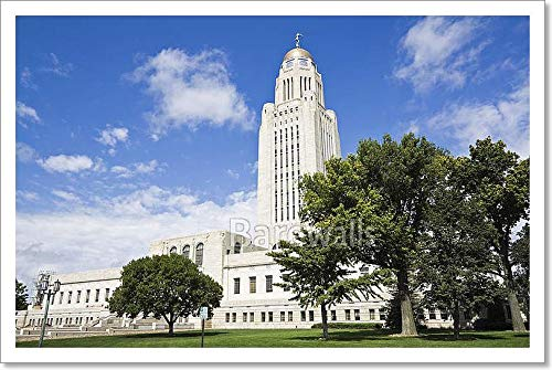 (Barewalls Lincoln, Nebraska - State Capitol Building Paper Print Wall Art (12 in. x 18)