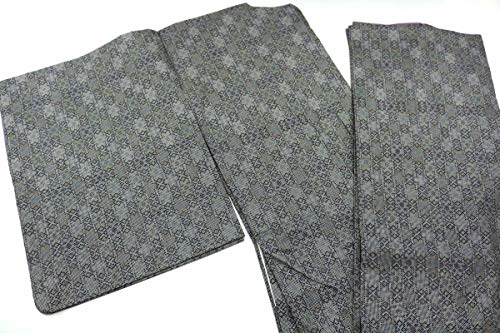 9月8日号. 正絹 大島紬 身丈150cm/裄丈61cm(約寸法) リメイク用 着用を想定したではありません 表地は比較的良好