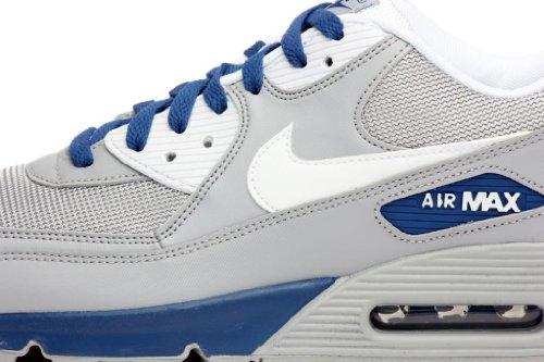 huge discount 4faf6 aba97 Amazon.com   Nike Air Max 90 Essential (Wolf Grey White-Dark Royal Blue)  (11)   Running