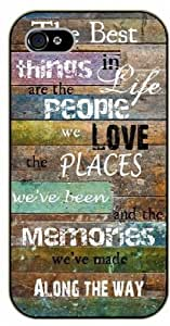 iPhone 4 / 4s The best things in life are the people we love - black plastic case / Life quotes, inspirational and motivational / Surelock Authentic