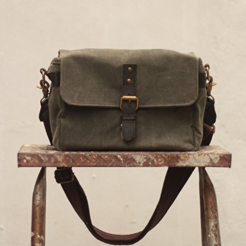 Gouache ''Harvey'' Handcrafted Waxed Canvas Camera Bag - Fatigue Green by Gouache Bags