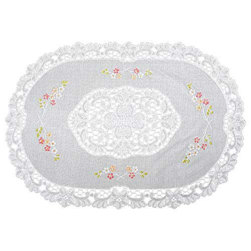 (Seneca Vinyl Lace Placemats (Set of 4) Oval 12 X18 Inches - Washable Elegant Place Mats for Dining Table or Restaurant - Waterproof Decorative Table Protection | Easy To Care and Reusable)