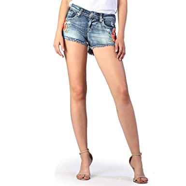 3577d36627 Women's Medium Wash Floral Denim Shorts | JHW-81220 at Amazon ...