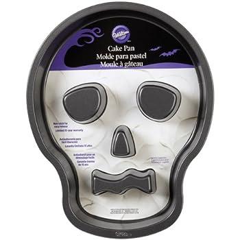Amazon Com Wilton 2105 7792 Skull Cake Pan With Flutes