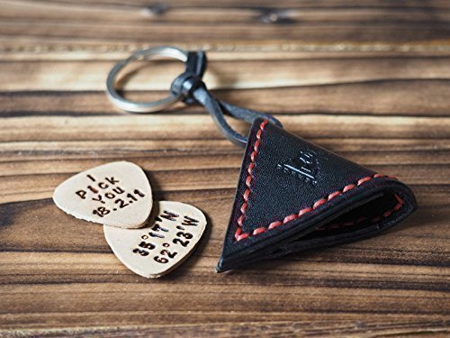 Leather Guitar Pick Holder – Engraved guitar pick-FREE handmade, Keychain, key ring, guitar pick case, personalized, MinimalistBlack with Red thread