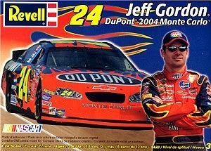 Revell Nascar Jeff Gordon #24 Dupont 2004 Monte Carlo Model Kit