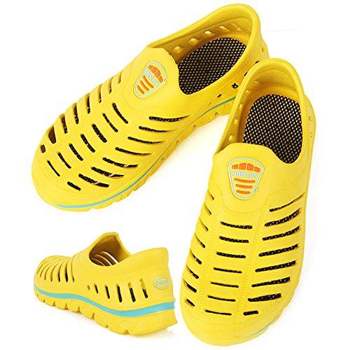 Aqua-Strand-athletischer Schwimmen-Wasser-Sommer-Beleg der neuen leichten Männer auf Schuhen Gelb