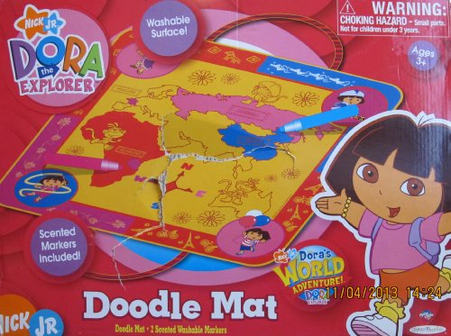 - Dora the Explorer DOODLE MAT w 2 Scented WASHABLE MARKERS (2006)