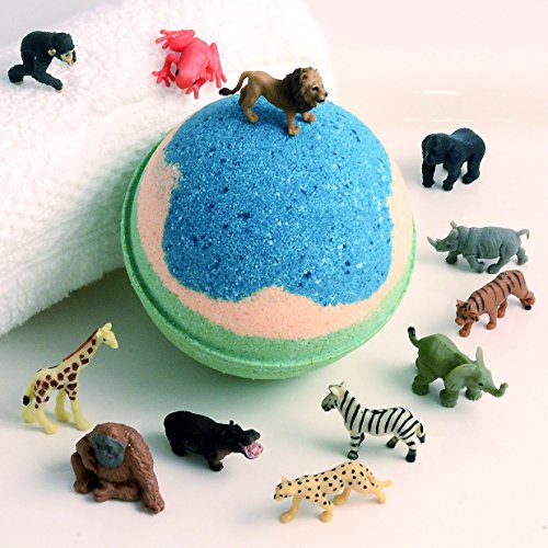 """KIDS Blue, Desert & Green Big Bath Bomb with Wild Animal Toy Inside - 'Banana/Strawberry' Scent in New Large Party Size 3"""" Diameter Ages 4+"""