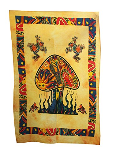 (Shubhlaxmifashion Psychedelic Mushroom Tapestry Frogs Magic Shrooms Tapestry Dorm Tapestry Hippie Tapestry Wall Hanging Fantasy Bohemian Poster Trippy Animal Wall Art)