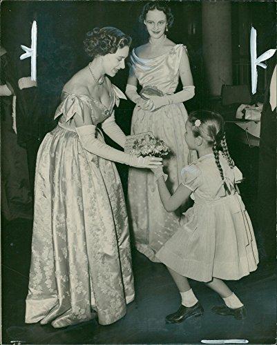 (Vintage photo of Princess Margaret and iris peake.)