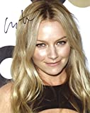 Becki Newton PRETTY In Person Autographed Photo