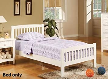 Twin Size Bed Cottage Style In White Finish