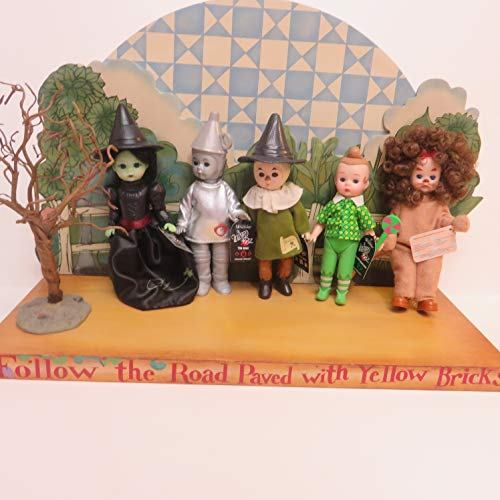 Wizard of Oz Toy Set with Stand