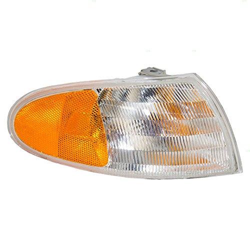 - Winnebago Ultimate Advantage 1999-2003 RV Motorhome Right (Passenger) Replacement Corner Turn Signal Light Lamp