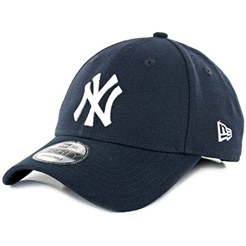 (MLB The League New York Yankees Game 9Forty Adjustable Cap)