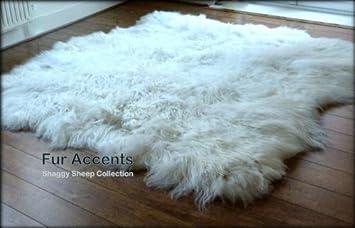 Fur Accents Shaggy Faux Sheepskin Area Rug / White / Freeform Shape / 3u0027x5
