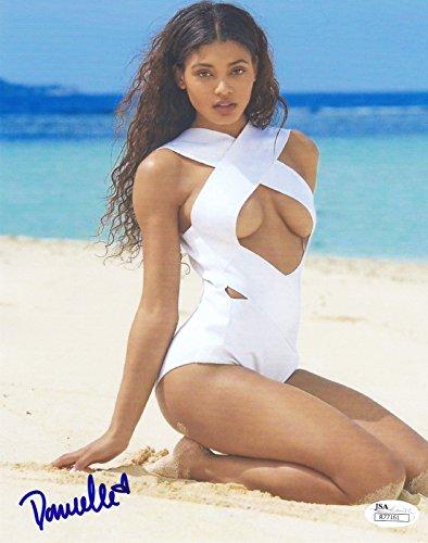 Danielle Herrington Sports Illustrated Swimsuit Model Signed 8x10 Photo JSA 4 Sports Illustrated Swimsuit Model Signed 8x10 Photo JSA 4