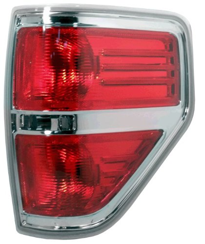 OE Replacement Ford F-150 Passenger Side Taillight Lens/Housing (Partslink Number FO2819143)