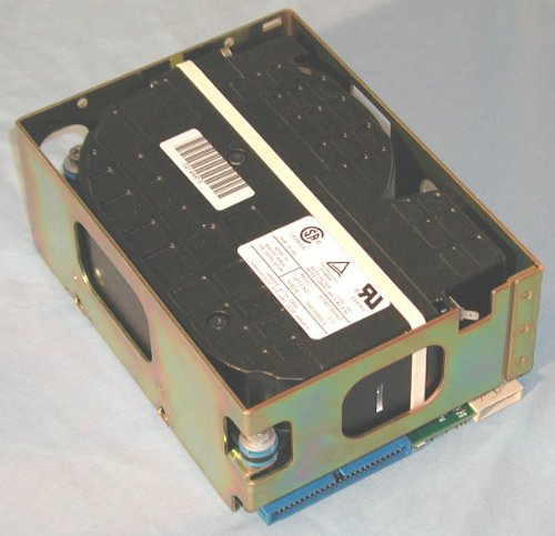 HP 97560-60062 - 5.25 FH 1.3Gb 50-pin SCSI Disk Drive ()