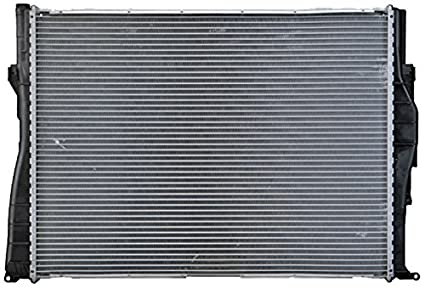 Behr Hella Service 376754061 Radiator for BMW 1 Series/3 Series