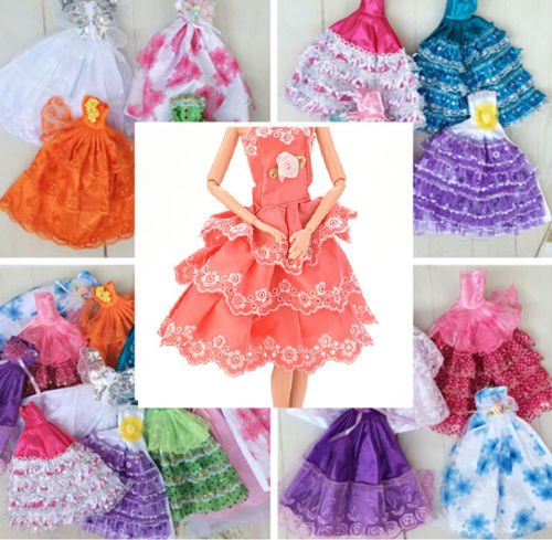 keepingup 1 Piece Random Pattern Handmade Doll Dress Gown for Barbies