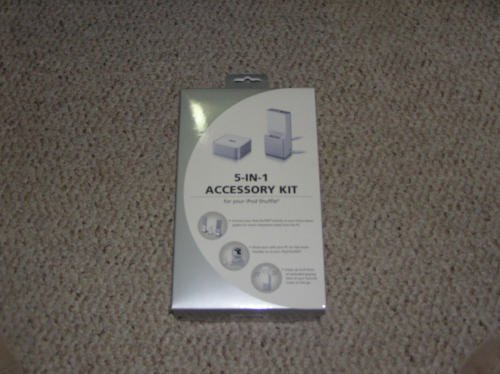 (NEW 5-IN-1 Accessory Kit For Apple iPod Shuffle 1st Generation)