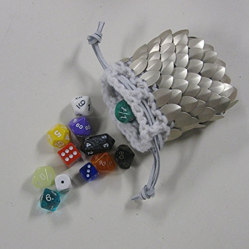 Scalemail Dice Bag in knitted Dragonhide Armor- Paladin