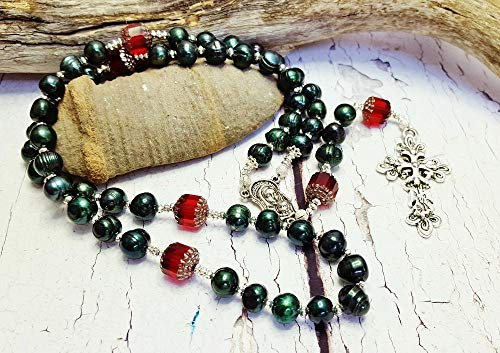 Christmas Rosary ~ Cultured Freshwater Pearl Rosary ~ Answered Prayers ~ Gift From Godmother ~ 1st Communion Gifts ~ Best Auntie Gifts ~ For Godchild (Best Cultured Pearls In The World)