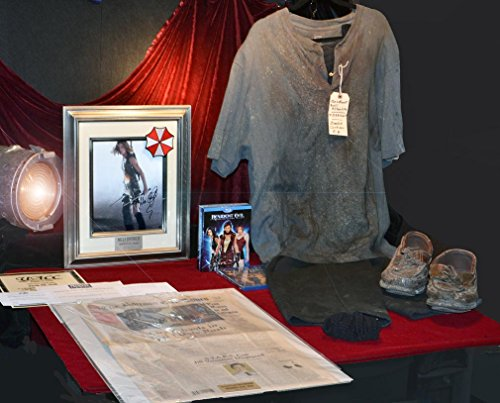 Resident Evil Screen used Prop NEWSPAPER & ZOMBIE Costume, Signed MILLA JOVOVICH, DVD, UACC, COA (Halloween Movie Props)
