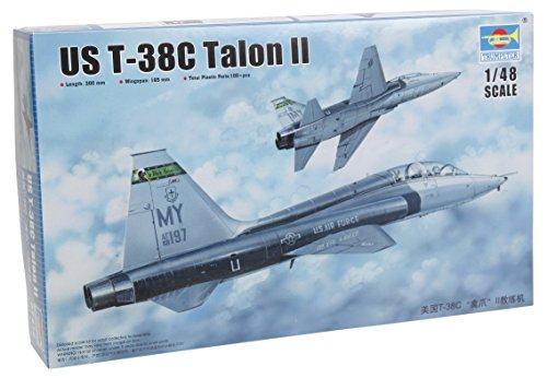 Trumpeter US T 38C Talon II Model Kit
