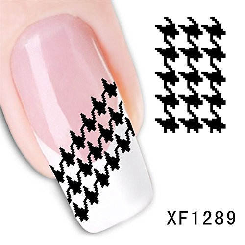 Nail Art Sticker, 3D Fashionable Halloween Party Nail Decal Self-adhesive Manicure Artificial Houndstooth Pattern Shape Stickers Decals Decoration]()