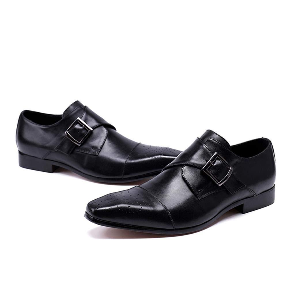 Die Schuhe der schwarzen zufälligen Männer des Retro- Geschäfts