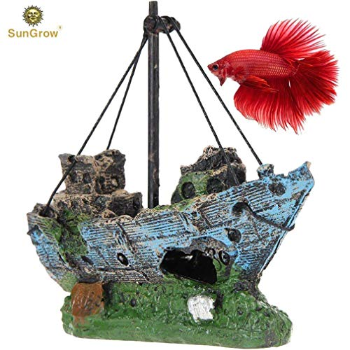 Sunken Wreck Fishing Aquarium Décor - Give Rustic and Vintage Look to Your Water Tank - Fish Tank Cave for Healthy Environment - Durable Resin Material - Aquarium or Home Decor