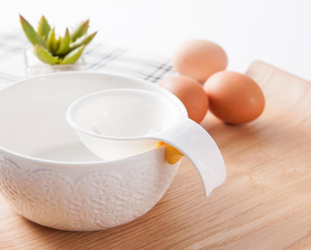 TPR Egg White and Yolk Separator 1 Julie Ann Eco-Friendly Mini Plastic ABS ManazonStore 76550-JA