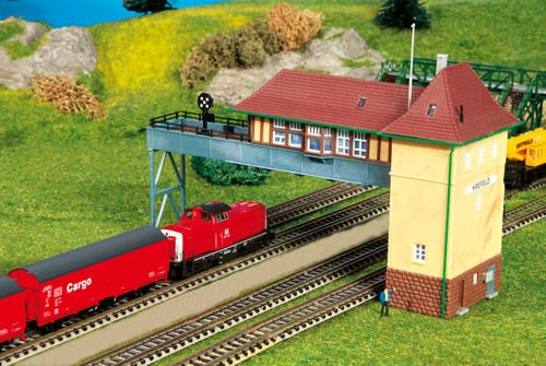Review N Scale Signal Tower