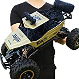 Rock Crawlers 1:12 Scale RC Car 4x4 Driving Car 4Ch 2.4G Off -Road / Rock Climbing Car Brushless Electric 12 KM/H Flashlight / Waterproof / Shockproof Kid's Suprise Gift (Gold)