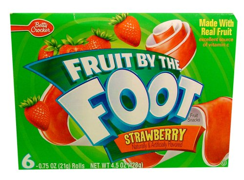 Fruit by the Foot Strawberry Snacks 4.5 oz (Pack of 12) by Betty Crocker (Image #1)