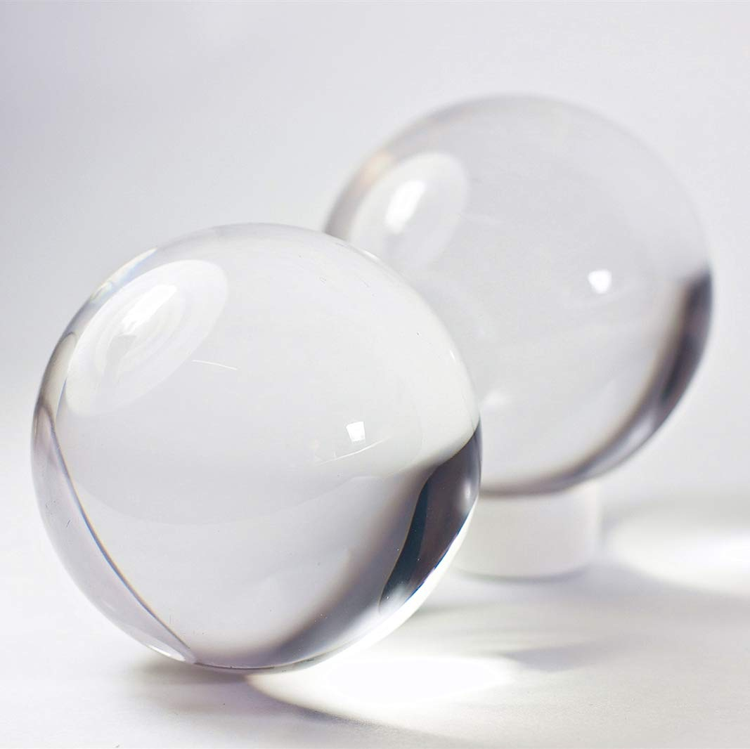 DSJUGGLING 2 Pack 2.75'' Clear Acrylic Contact Juggling Ball for Beginners - 70mm