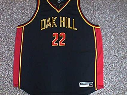 size 40 b6ed4 c4894 Oak Hill Warriors Carmello Anthony Jersey at Amazon's Sports ...