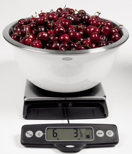 OXO Good Grips Stainless Steel Food Scale with Pull-Out Display, 11-Pound NEWER VERSION AVAILABLE by OXO (Image #7)